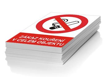 Zákaz kouření v celém objektu - plast